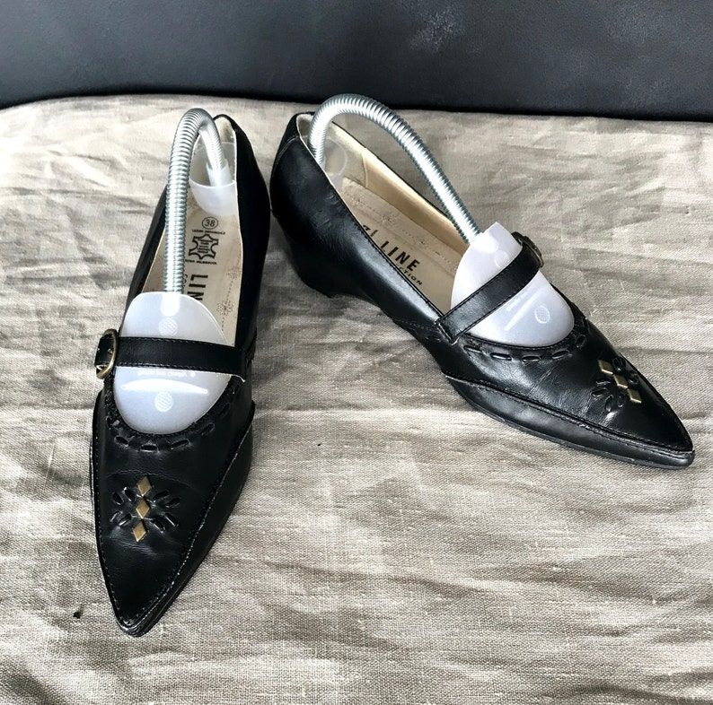 Casual retro look leather shoes EU 38US 7UK 5 Size