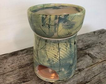 Handmade ceramic fragrance lamp for fragrance oils