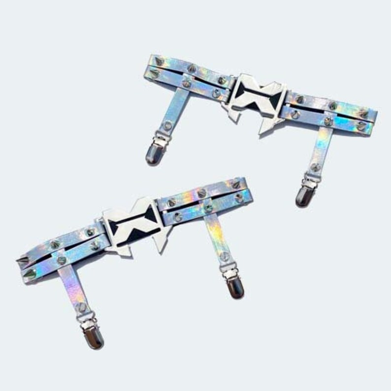 Holographic Excision Garters