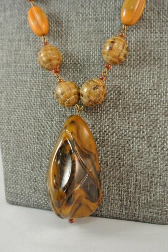 Vintage, 1940's, Bakelite Necklace, Mustard Swirl… - image 3