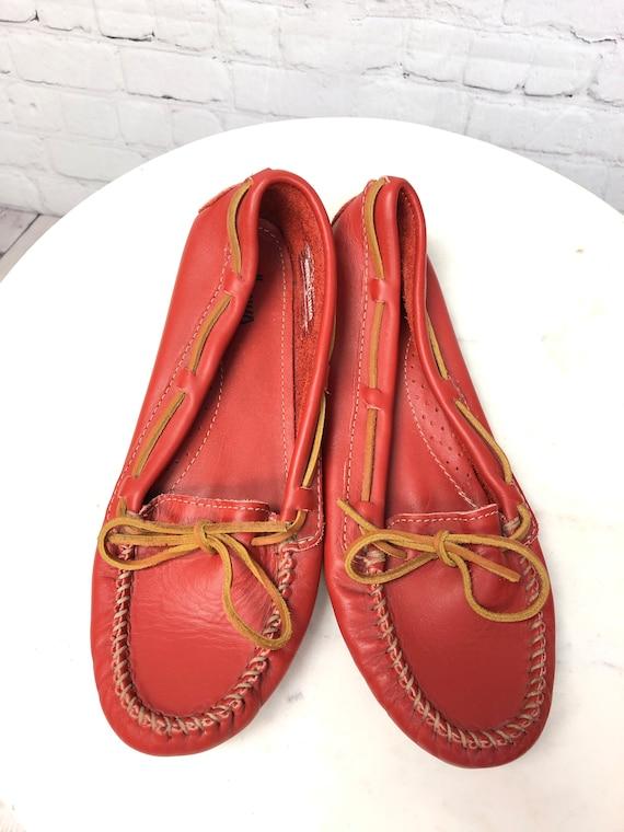 Vintage 1990s, MINNETONKA, Red Moccasins, Red Lea… - image 4