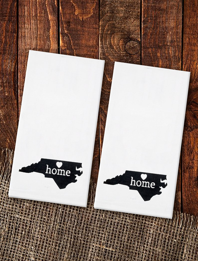 Home State Decor 100/% Cotton State Pride Set of 2 North Carolina Home State Flour Sack Kitchen Towel 20 x 28