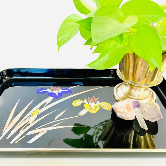 "Vintage Iris Japanese Lacquerware 19"" Serving Tray"