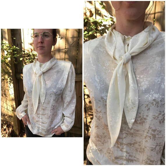White ruffle fabric blouse Bow necklace top Pussy bow Secretary blouse Evening top Silver thread white shirt Bow tie high neck top Medium