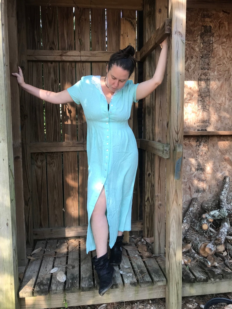 Medium  Large Pastel Goth vibes Button Up 90\u2019s Vintage Seafoam Green Maxi Dress with Lace Collar
