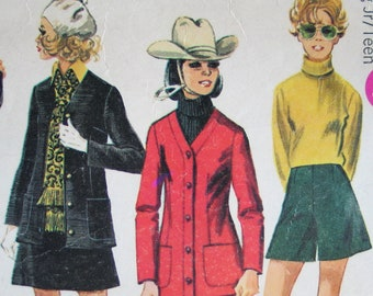 Simplicity 8409 Vintage 1969 Sewing Pattern Winter Wardrobe Skirt Jacket Trousers Culottes