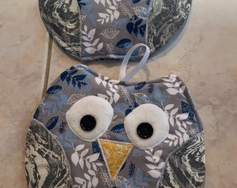 Gray multi colored owls Potholder or hot pad set with hanging loop