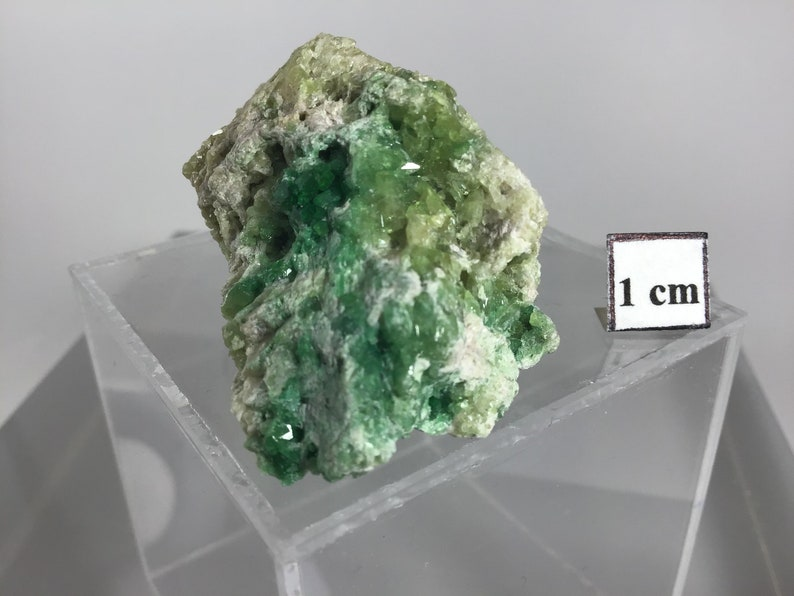 Quebec Jeffrey Mine Vesuvianite Canada