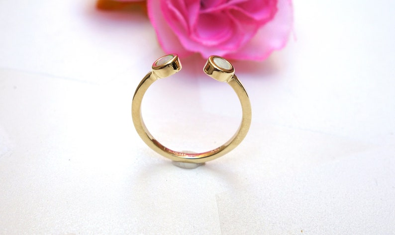 Promise ring midi ring round cut opal ring Opal delicate ring Small ring opal stack ring Opal promise ring Gold ring