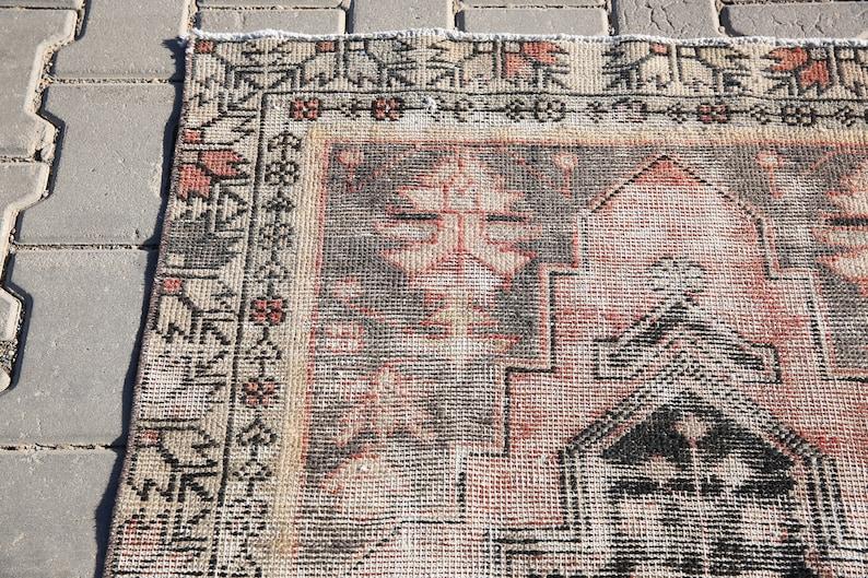 oushak rug turkish rug distressed rug antique rug old rug anatolian rug,vintage turkey rug,3/'2x7/'0 feet,wool rug,old rug,faded rug,3252