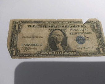Vintage 1930s silver certificate one dollar bill US mint no motto