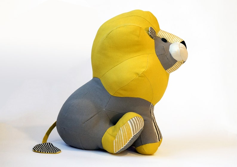 PDF sewing pattern and tutorial Lion soft toy