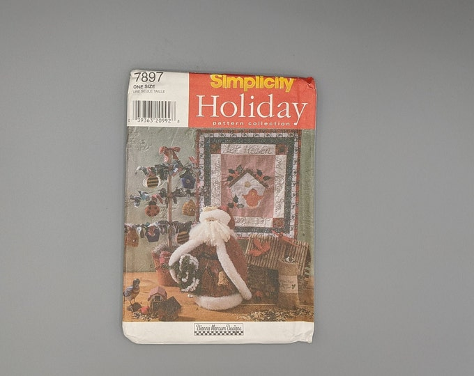 Uncut Simplicity Sewing Pattern 7897 Holiday Collection by Dianna Marcum Designs - Santa, Wall Hanging, Folk Tree