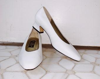 Vintage white heels   Etsy