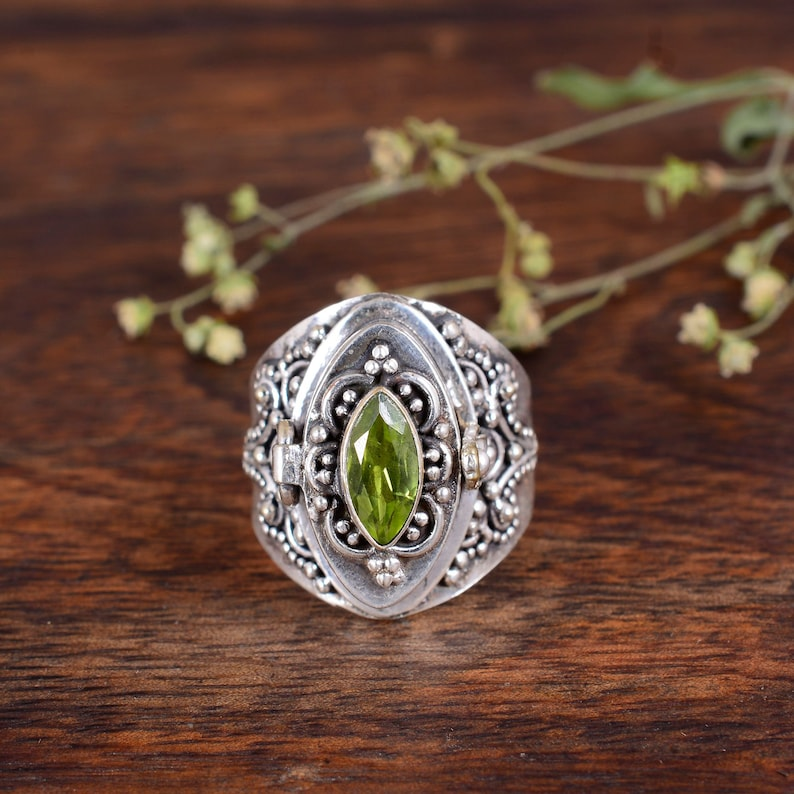 Openable Poison Ring Secret Message Ring.,Mothers Day Gift 925 Sterling Silver Plated Handmade Ring Natural Peridot Poison Ring