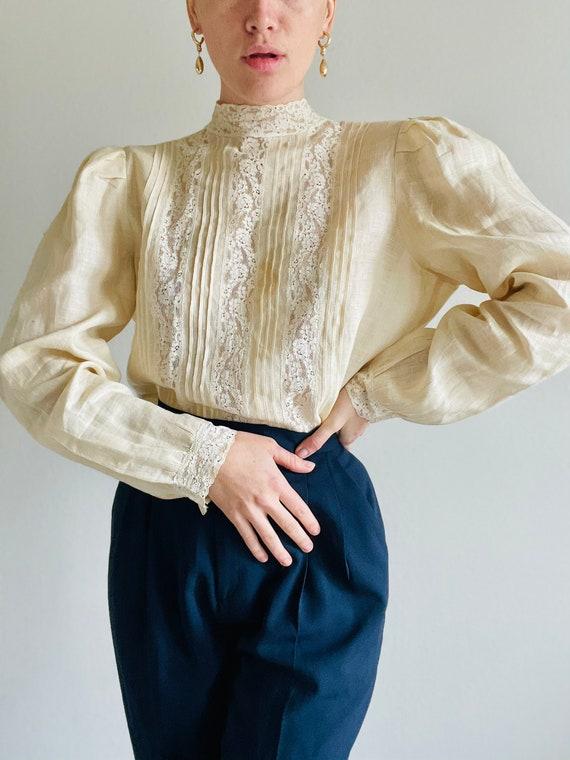 Rare Vintage Puffy Sleeve Button down shirt, Vinta