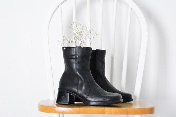 Vintage 90s Black Leather Chunky Heel Square Toe W