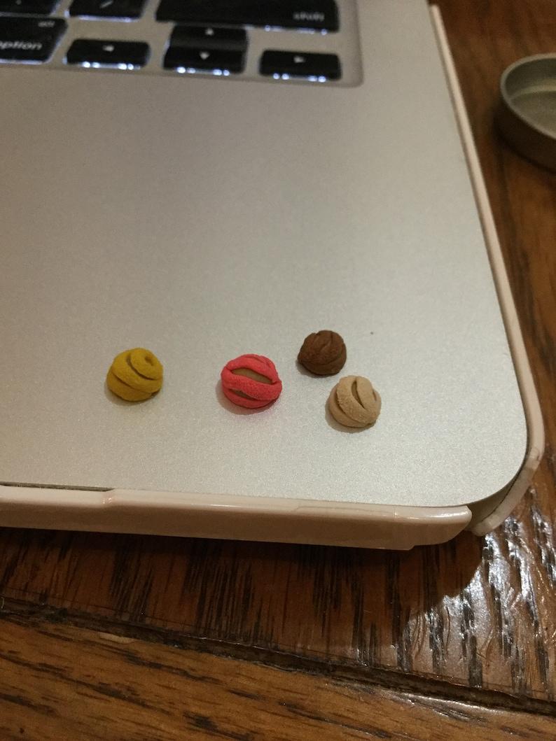 Miniature concha