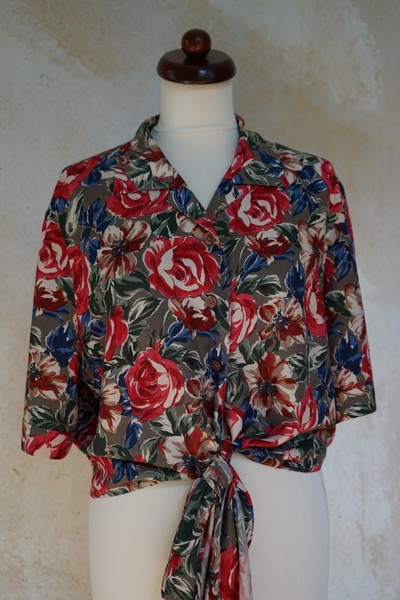 Vintage Cropped Shirt 80s 90s Size 38-42, red flor