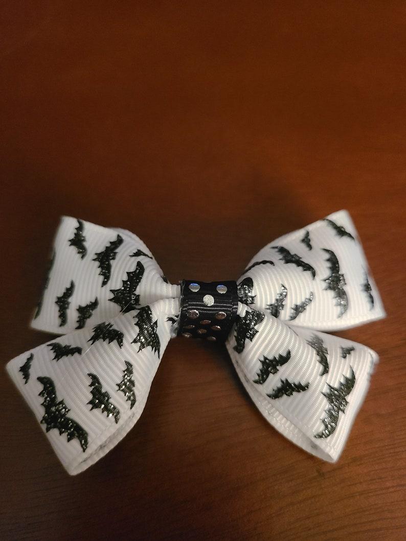 3 Inch Bat Bow