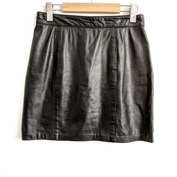 Vintage leather short black skirt
