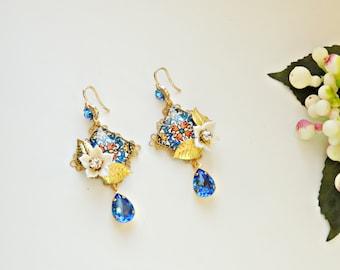 Mosaic Tribal Patterned 18x13 Cabochon Scandinavian style Vintage Red Earrings Gold Leverback Earrings