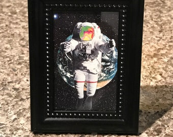Spaceman Floating Earth 3D Light Switch Sticker Cover Vinyl Skin Wall Decal