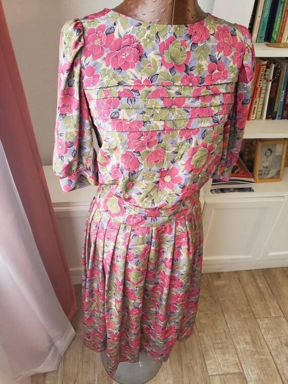 M--Two Piece Floral Vintage Set