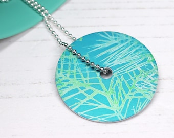 Turquoise and green leaf pattern disc pendant necklace – large
