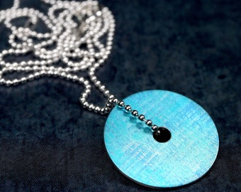 Turquoise blue disc pendant necklace – small