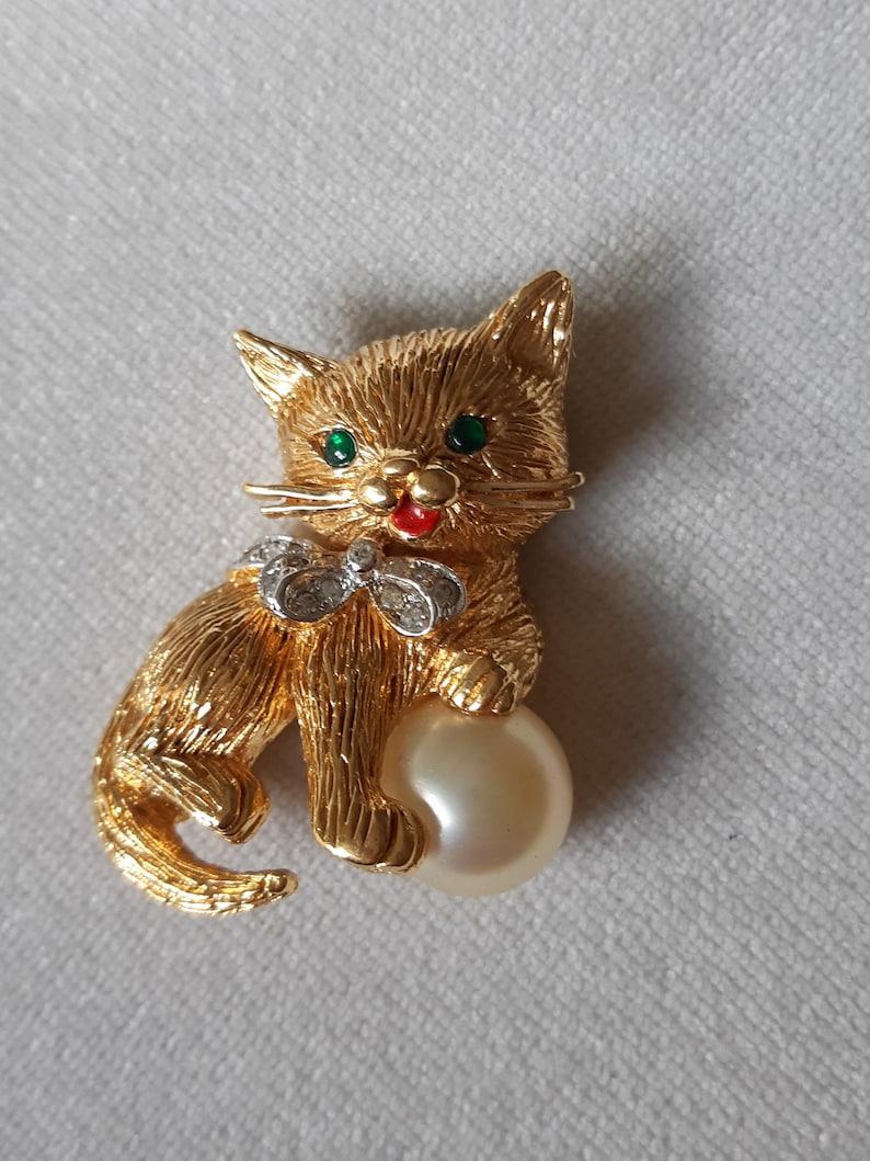 Panetta Vintage Cat Brooch Adorable Feline Figural Pin Costume Pearl