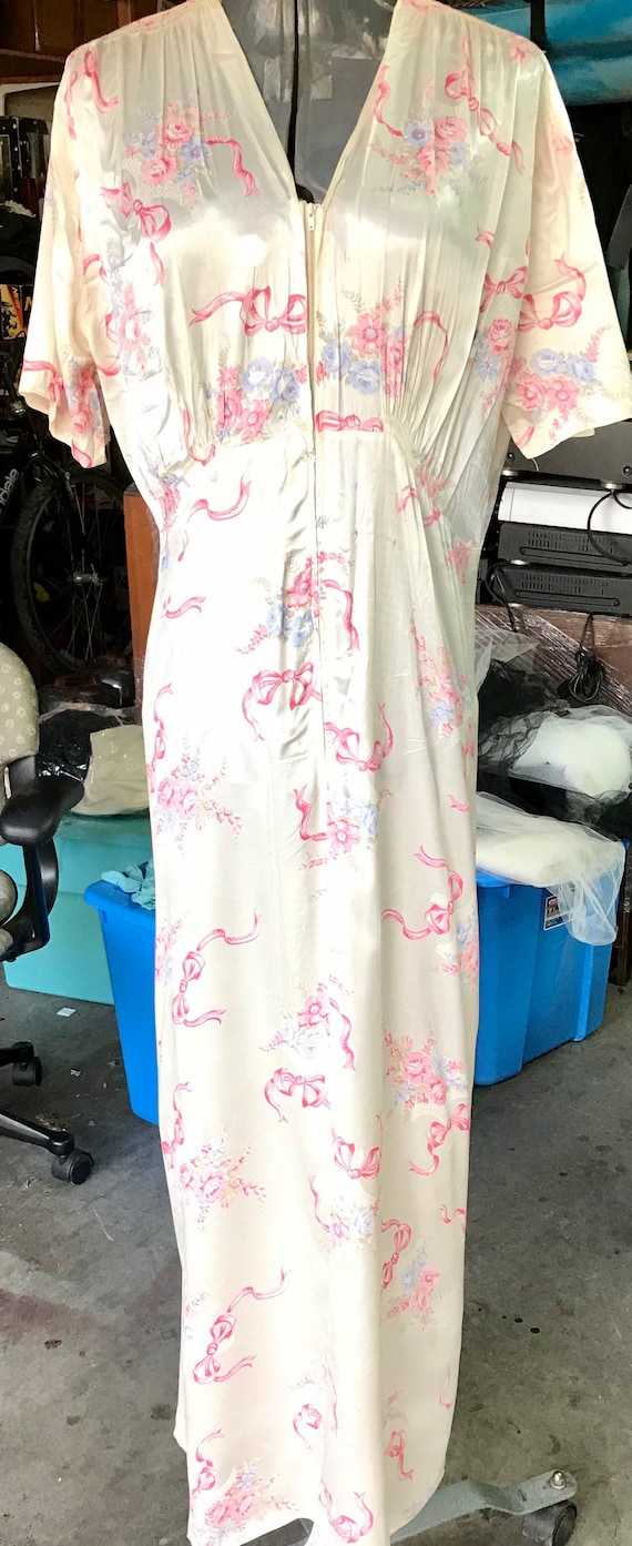 Vintage Rayon Satin Bombshell Nightgown and Robe s