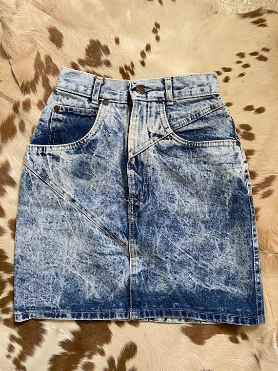 """22"""" vintage acid wash denim skirt"""