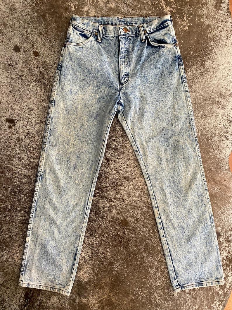 29\u201d Vintage Acid wash Wranglers