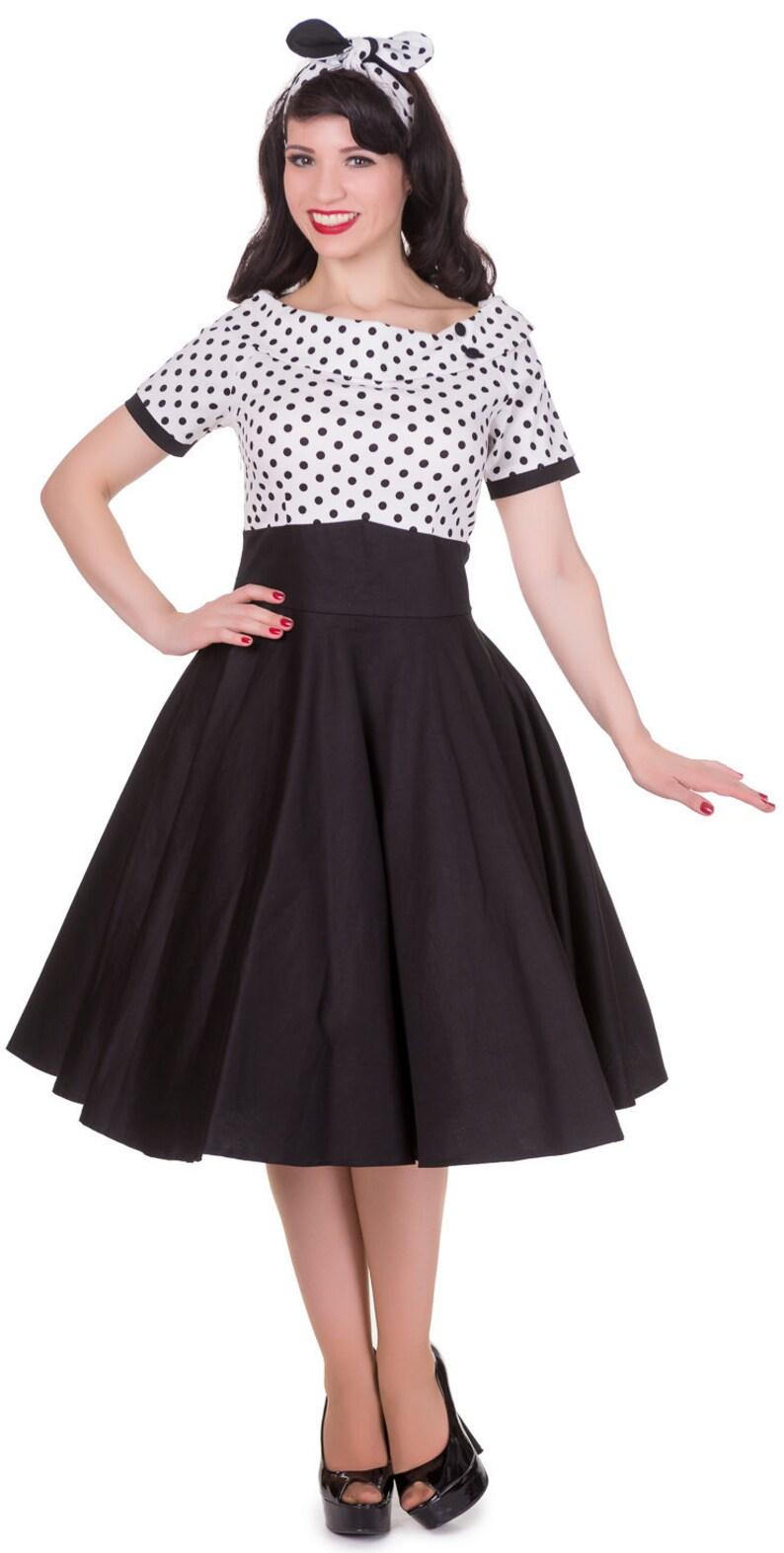 1950s Dresses, 50s Dresses | 1950s Style Dresses Darlene Retro Full Circle Swing Dress in White/Black Polka $57.67 AT vintagedancer.com