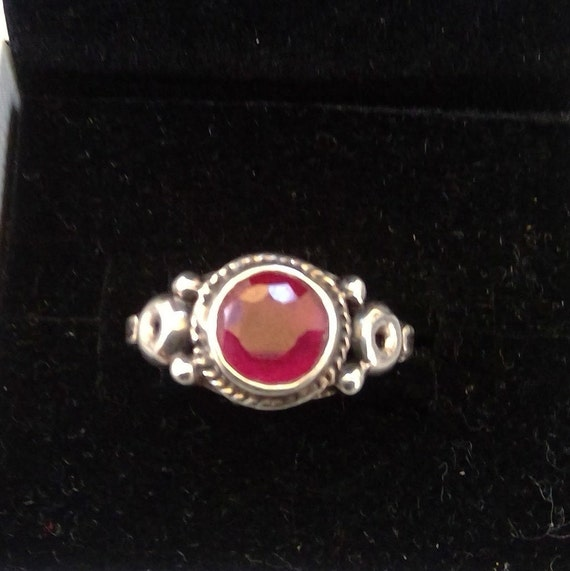 Ruby and 925 sterling silver ring - image 4