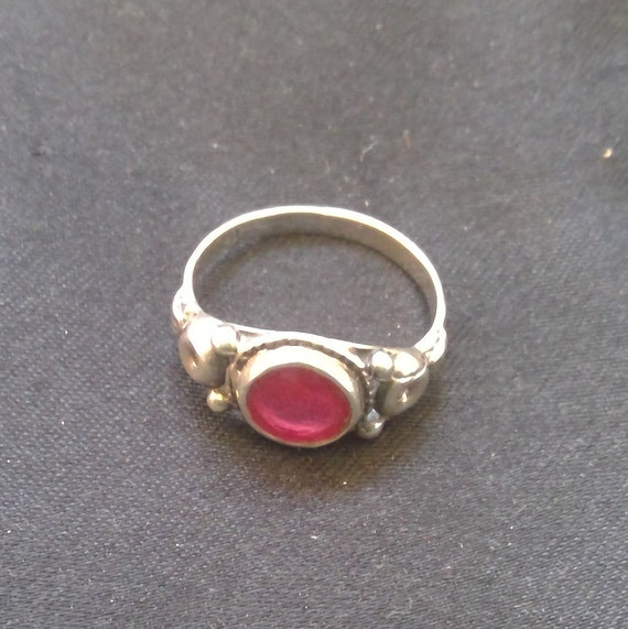 Ruby and 925 sterling silver ring - image 3