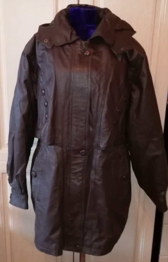 Vintage brown hooded leather jacket with faux fur