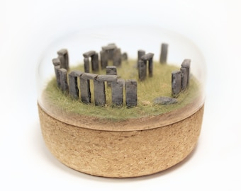 STONEHENGE miniature diorama in cork bell jar / firm glass dome / This mystic monument of England can now be in your living room!