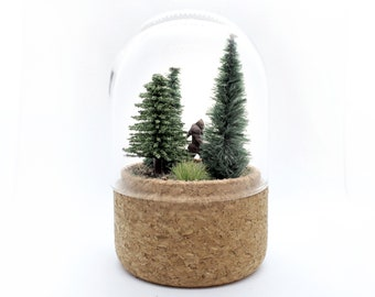 Bigfoot miniature in glass dome / Sasquatch finally caught in forest! / Home décor curiosities piece for mystery and conspiracy lovers