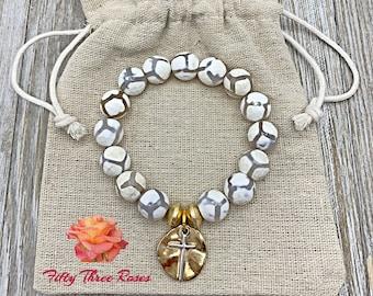 White Beaded Bracelet - Cross Charm Bracelet - Beaded Bracelet - Mom Gift -  Bracelet Stack - For Women - Gemstone Bracelet - Gold Beads
