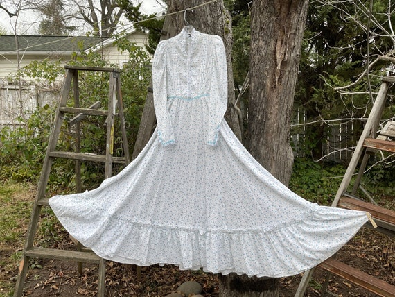 Handmade 1970's Gunne Sax style prarie dress