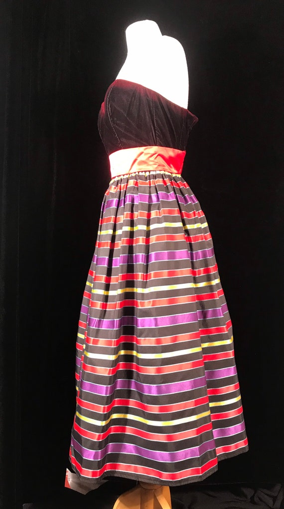 Gunne sax 80's vintage strapless striped party dr… - image 3