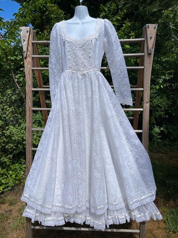 Vintage 70's Gunne Sax lace wedding gown
