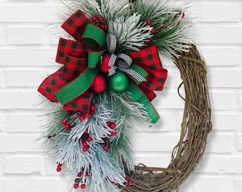 Large Old Fashioned Christmas wreath, Farmhouse Christmas wreath, Traditional Holiday Wreath, Rustic Christmas wreath, Buffalo Check Holiday