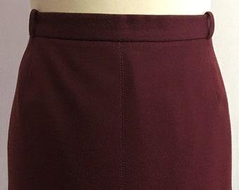 Women's 80's Vintage skirt   wardrobe basic   oxblood hued skirt   A-line skirt   wool skirt    inverted kick pleat   Size EU 46