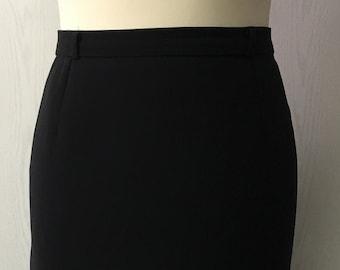 Women's 80's Vintage pencil skirt   wardrobe basic   black wool crepe skirt   all season skirt   mid calf pencil skirt   Size EU 36-38