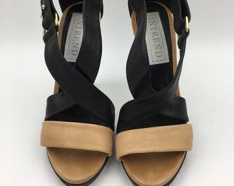 Women's platform sandals   beige and black hued high heels   leather sandals   MaxMara -intrend  size EU 39