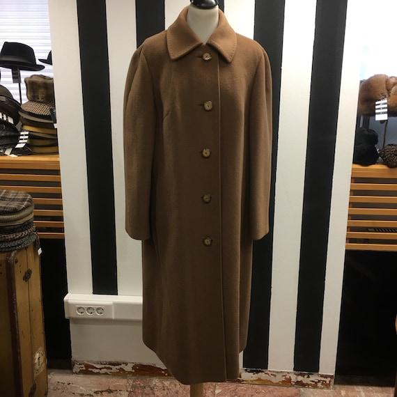 Women's 80's Vintage coat   Classic cut coat   Cam
