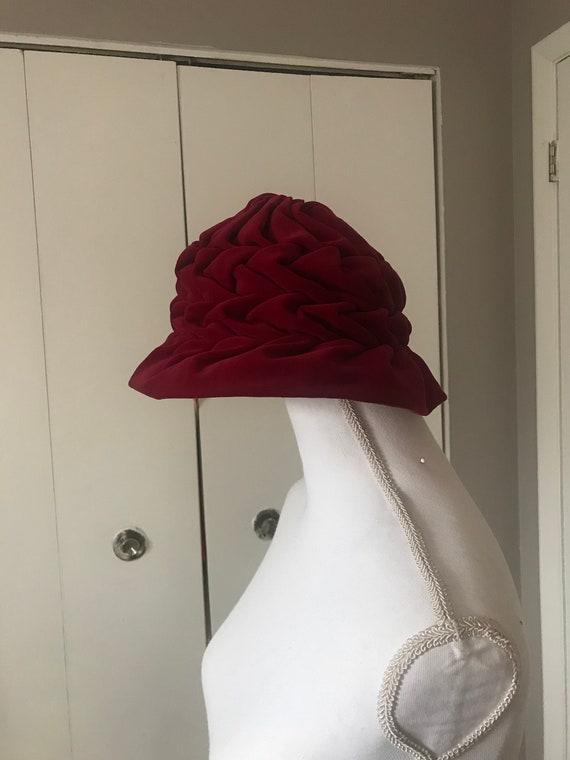 Vintage 1950's/1960's Red Hat